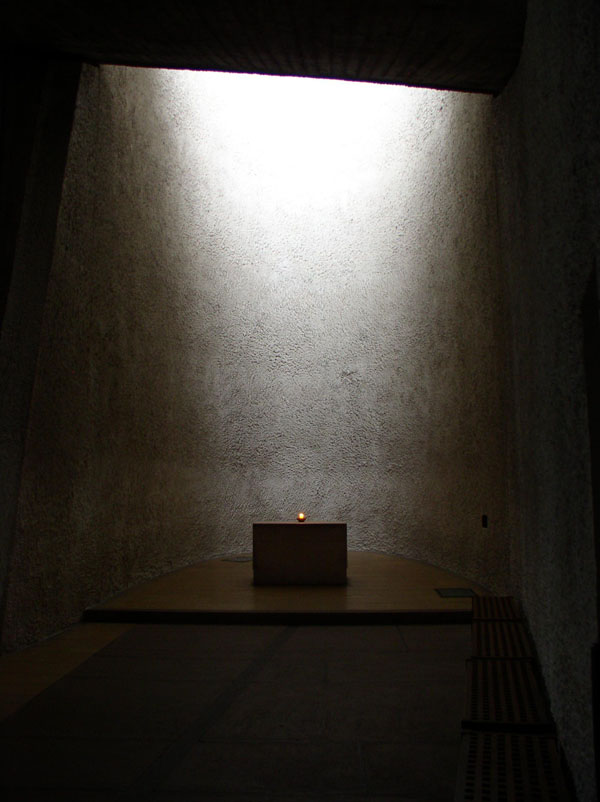 light church in ronchamp experiencing architecture
